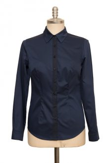 blue classic blouse made of fine cotton satin - Sveekery Berlin